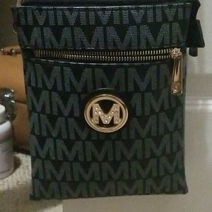 Mk small bn purse